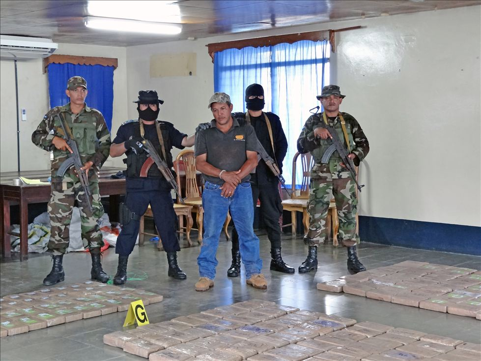 Nicaraguan Army and National Police seize large amounts of cocaine during 'OperaciónBastón'