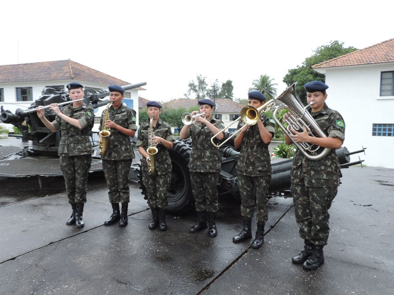 Brazil: Army enrolls first women in course for Musician Sergeants