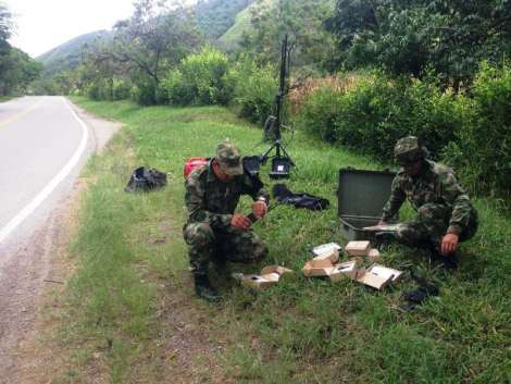 Colombian National Army frustrates FARC attempt to destroy an important bridge