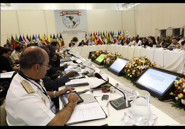 Defense Ministers from the Americas gather in Perú to develop security strategies