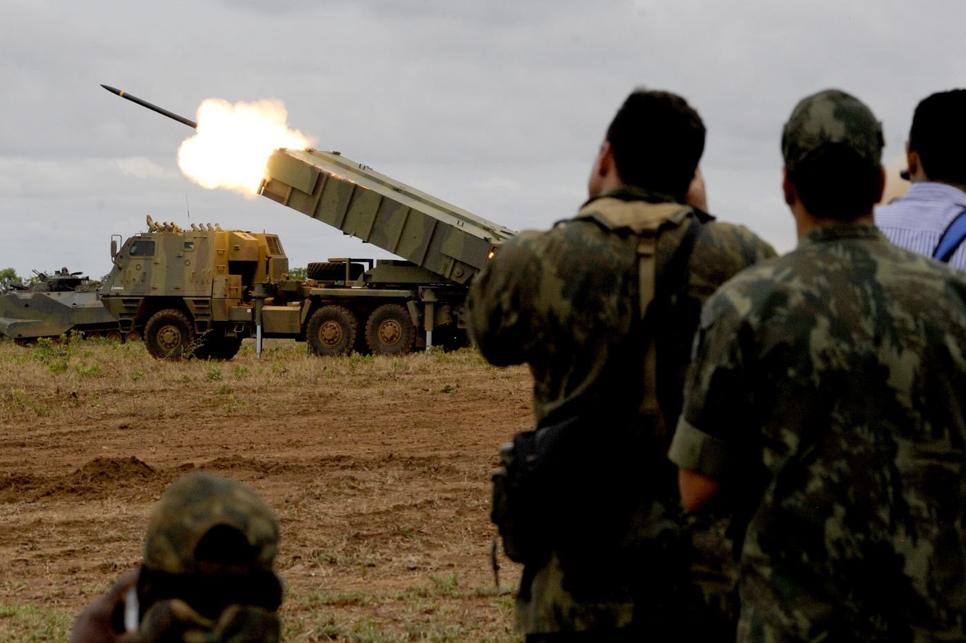 Brazilian Navy tests new rocket launcher during its Operation Formosa