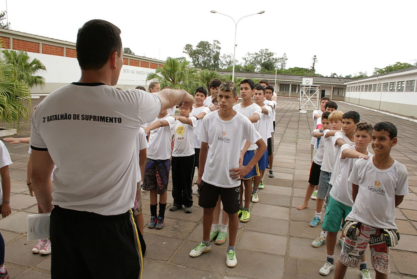 Brazilian Armed Forces Help At-Risk Children Through Forces in Sports