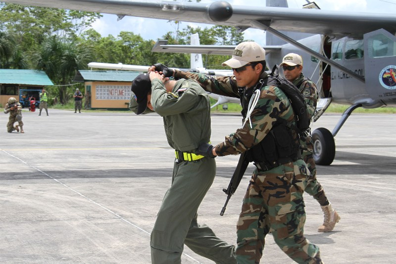 The Air Forces of Colombia and Perú Train Together to Fight Terrorism, Drug Trafficking