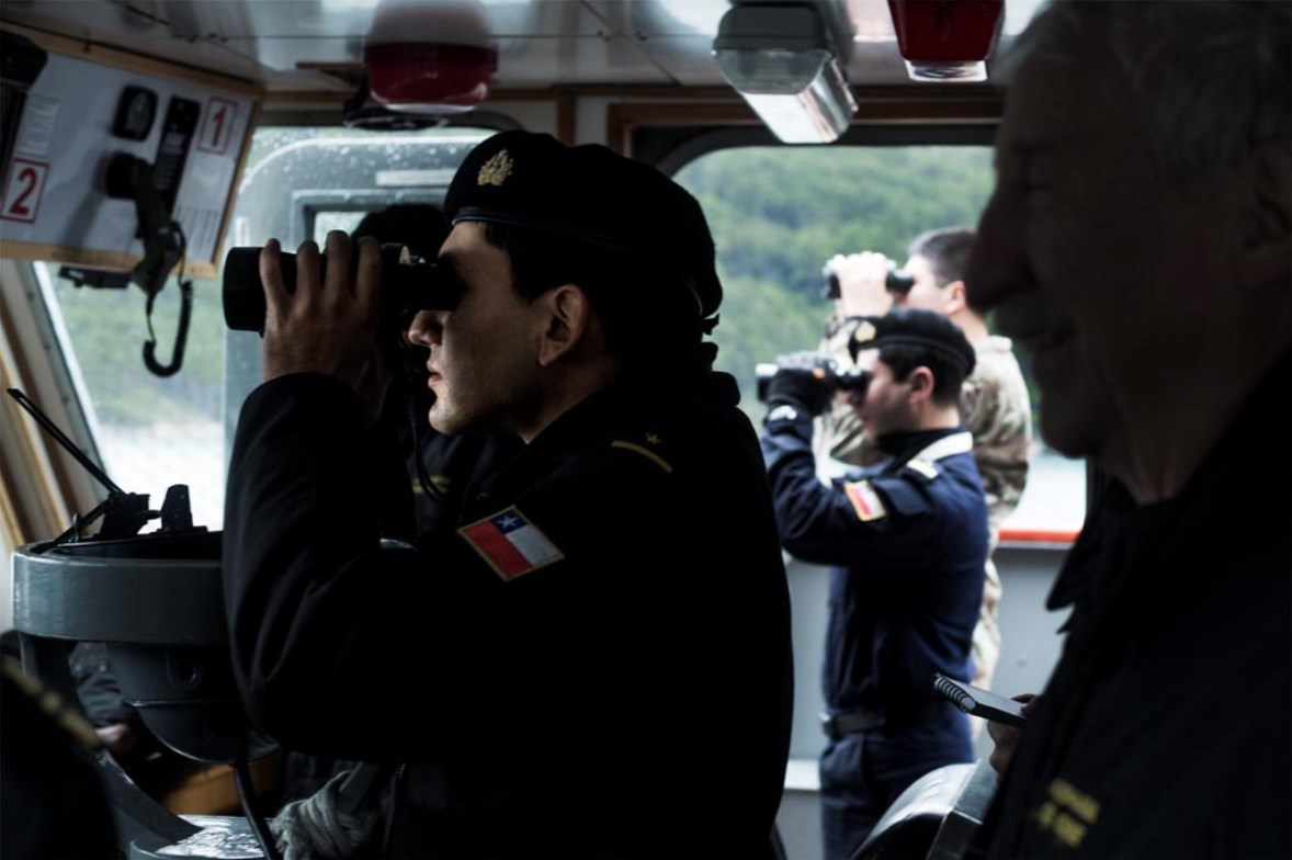 Chilean Navy Protects Boats in Barcelona World Race