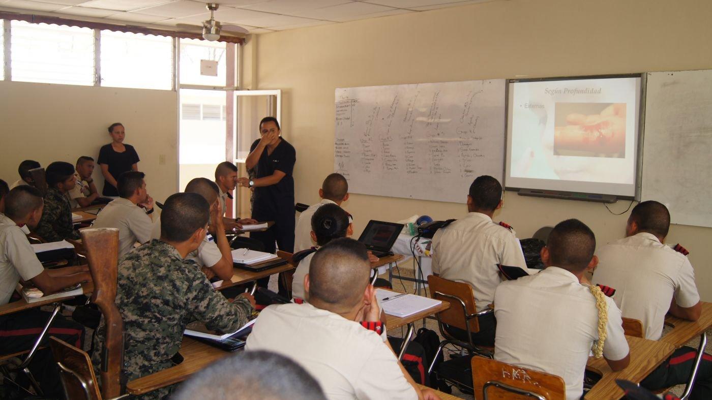 Honduras Defense University Offers Students a Quality Education