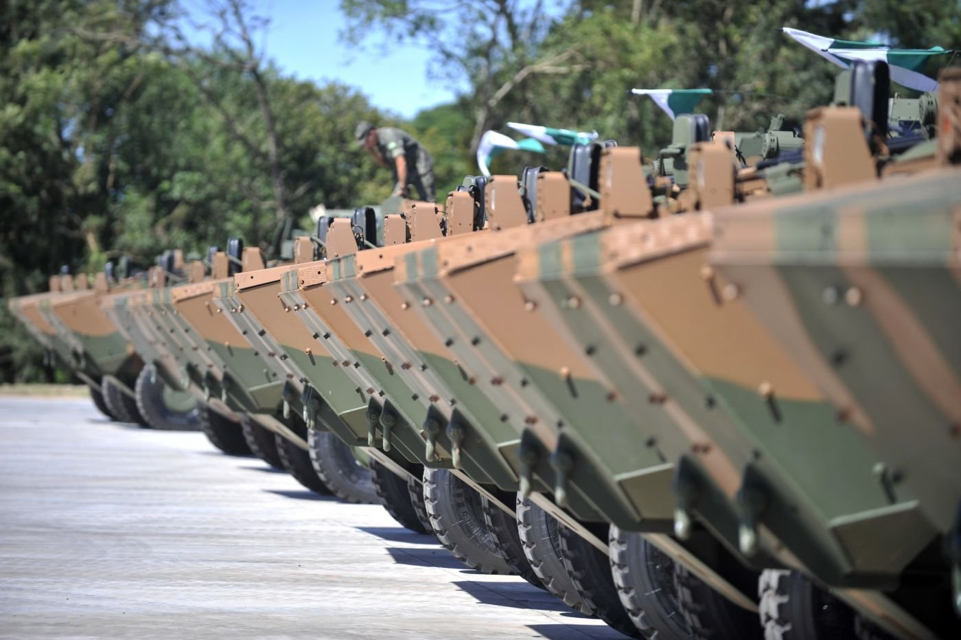Brazilian Army Modernizes Its Fleet of Armored Vehicles