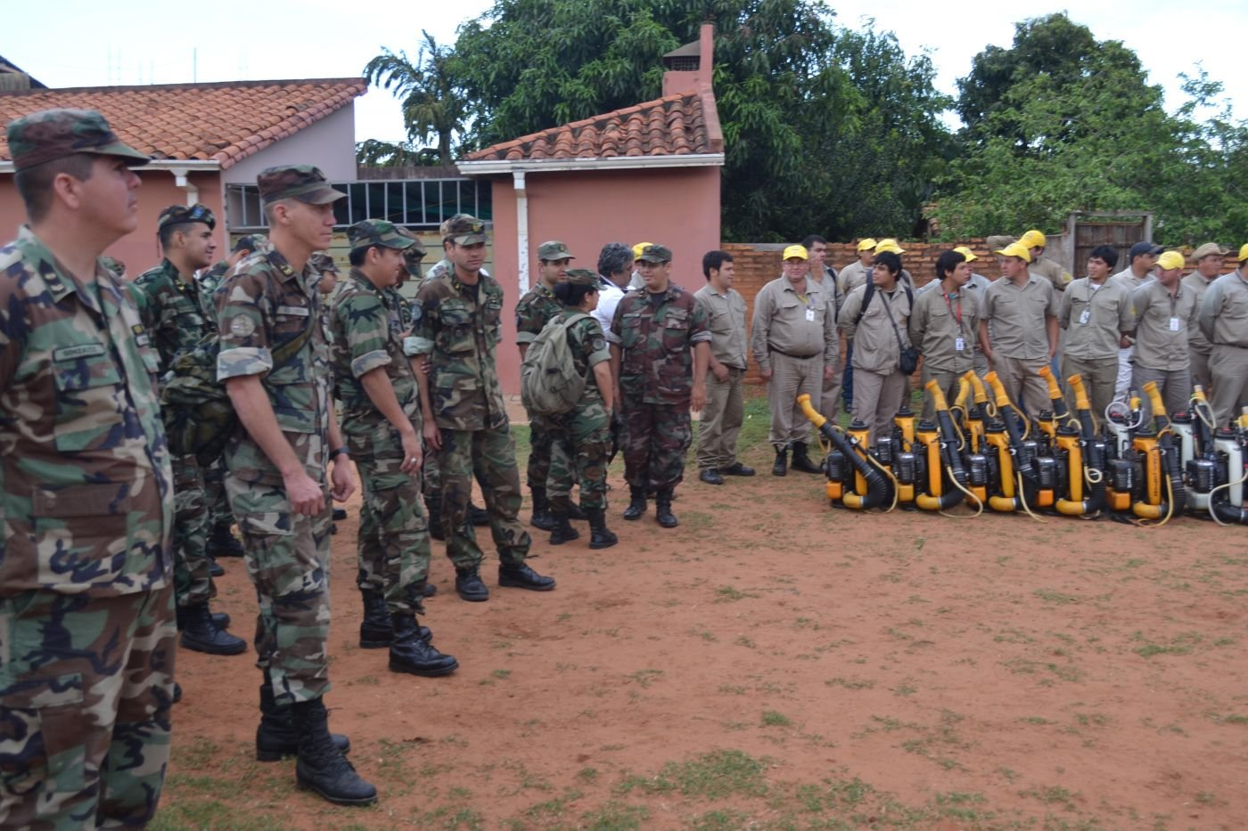 Paraguayan and Bolivian Armed Forces Fight Mosquito-borne Diseases