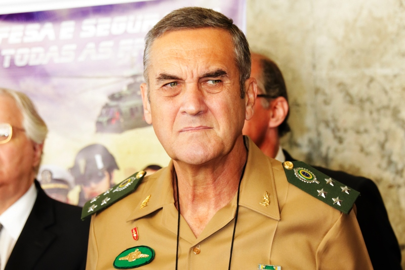 General Villas Bôas Talks About the Brazilian Army's Immediate Priorities and Plans