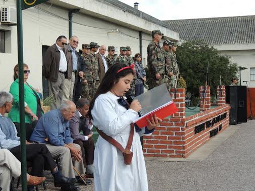 Uruguayan Army Soldiers Help Civilians Through Operation Soldado Amigo