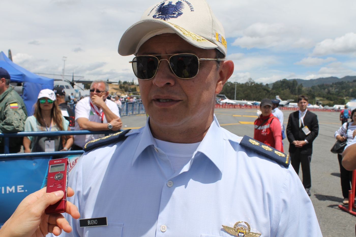 General Bueno, Newly Appointed Colombian Air Force Chief, Attends Air Show