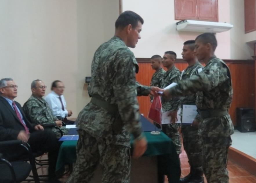 Peruvian Service Members Train to Battle Dengue, Chikungunya