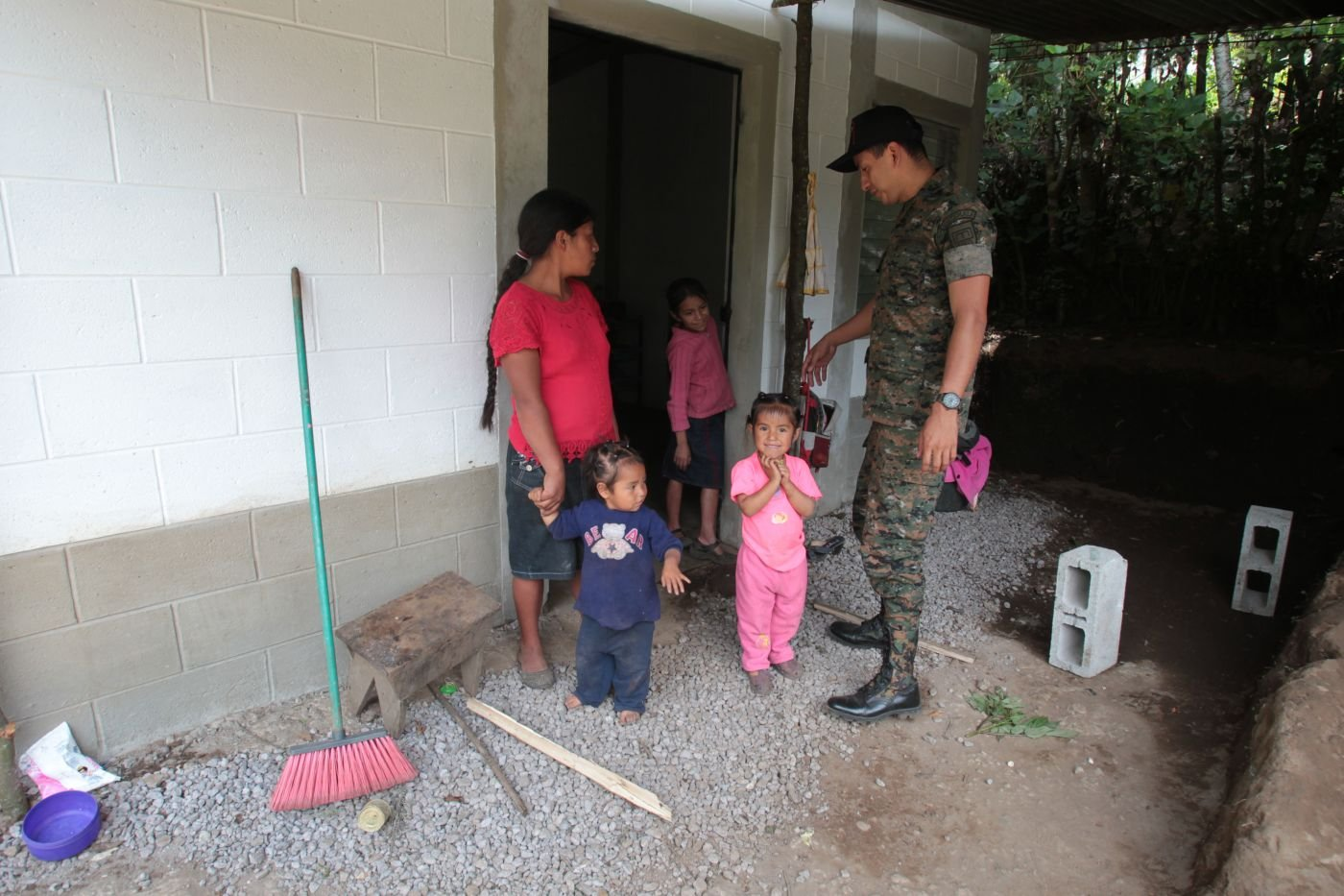 Guatemalan Army Corps of Engineers Rebuilds Homes Destroyed or Damaged by Earhtquake