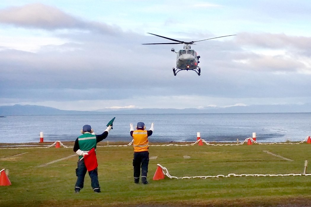 Chile's Joint Southern Command Conducts Search & Rescue Training