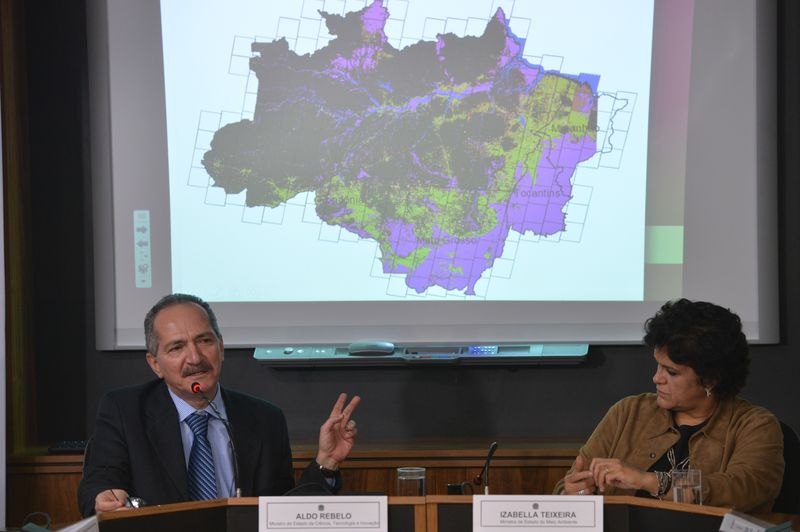 Technological Initiatives Help Brazilian Armed Forces Reduce Deforestation
