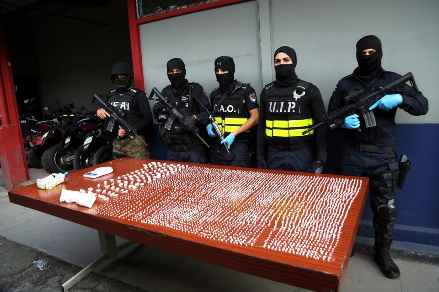 Costa Rica's Special Operational Force Cracks Down on Domestic Drug Dealing