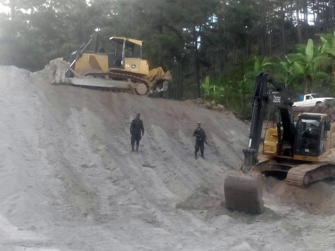 Honduran Armed Forces Build Reservoirs to Help Civilians