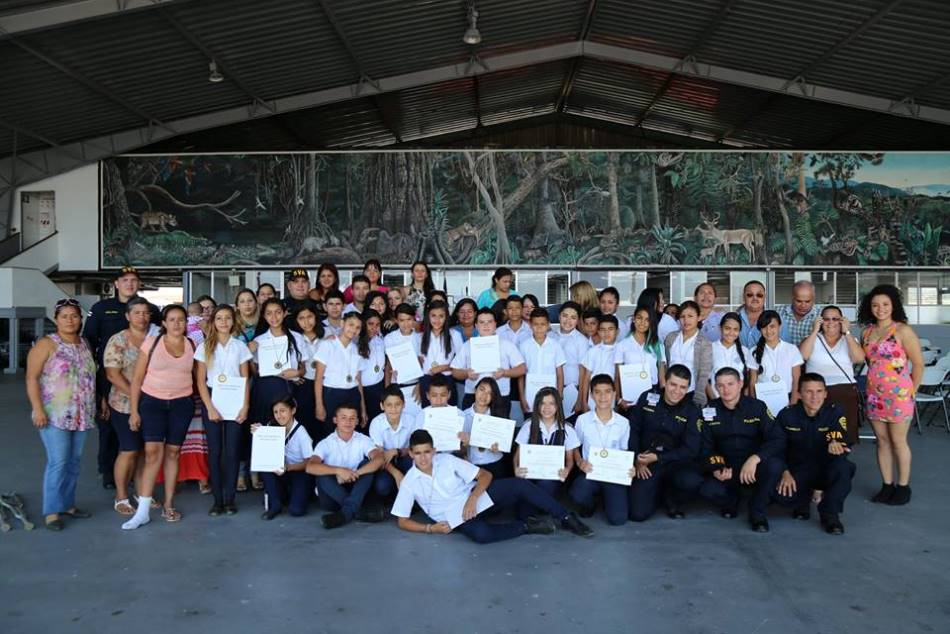 Costa Rica Educates Youth to Stay Away from Drugs