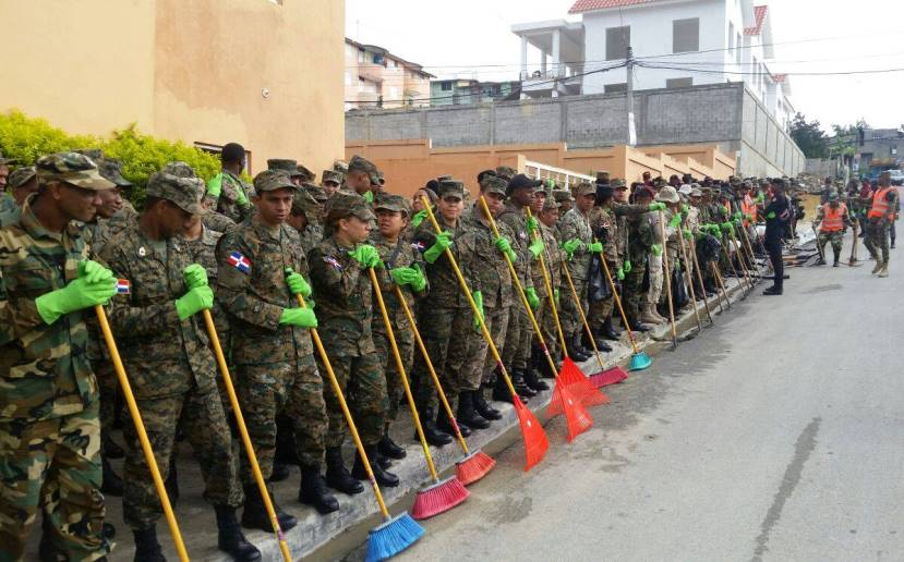 Dominican Army Joins Government Agencies in Fight against Zika-carrying Mosquito