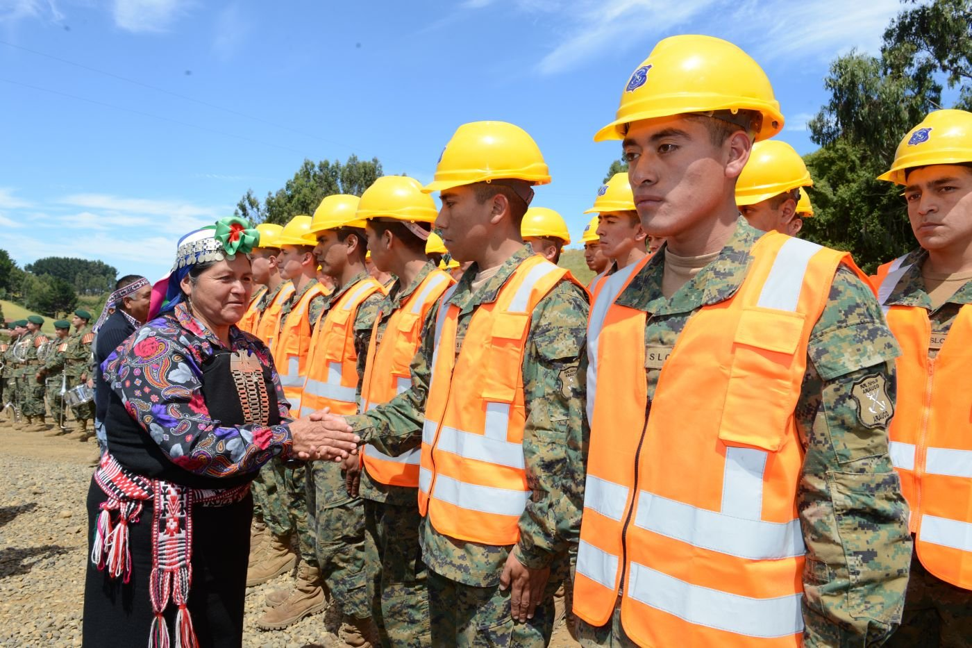 Chilean Armed Forces Encourage Indigenous Persons to Join Their Ranks