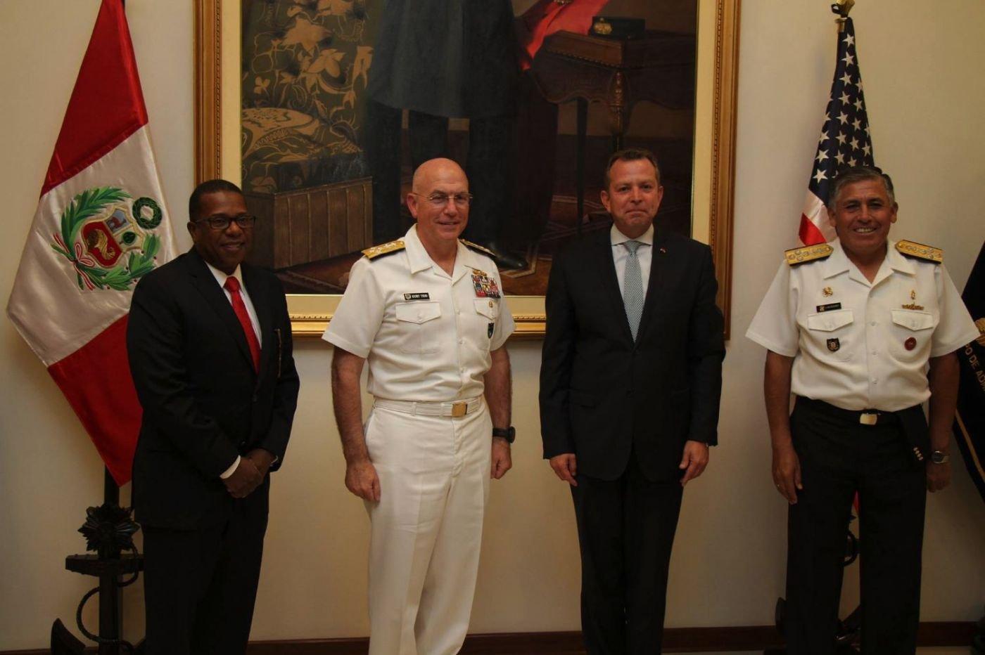 U.S. Admiral Tidd Meets Peruvian Defense Minister Valakivi to Discuss Bilateral Issues
