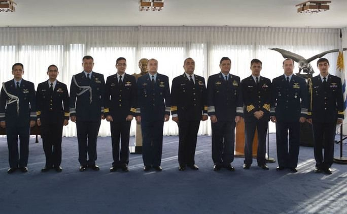 Uruguayan Air Force Holds Bilateral Meetings with Counterparts in South America