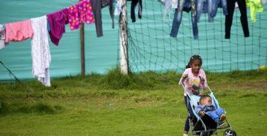 Crianças que fugiram da Venezuela recebem ajuda para continuar na escola