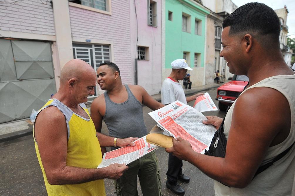 """Los cubanos """"regulados"""""""