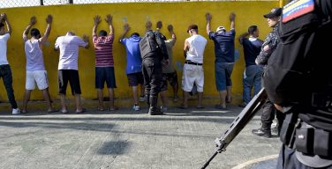 Human Rights Watch Reports Extrajudicial Killings in Underprivileged Areas of Venezuela
