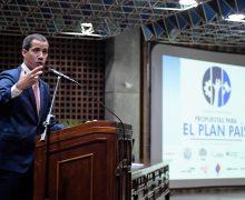Gobierno interino y EE. UU. firman acuerdo de cooperación para reconstrucción de Venezuela