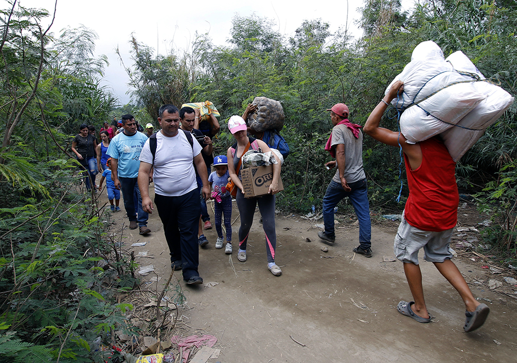 Grupos armados ilegales se disputan por el control de la frontera entre Venezuela y Colombia
