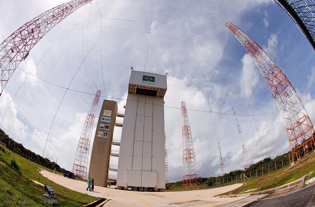 Brasil e EUA firmam acordo para o uso do Centro de Lançamento de Alcântara
