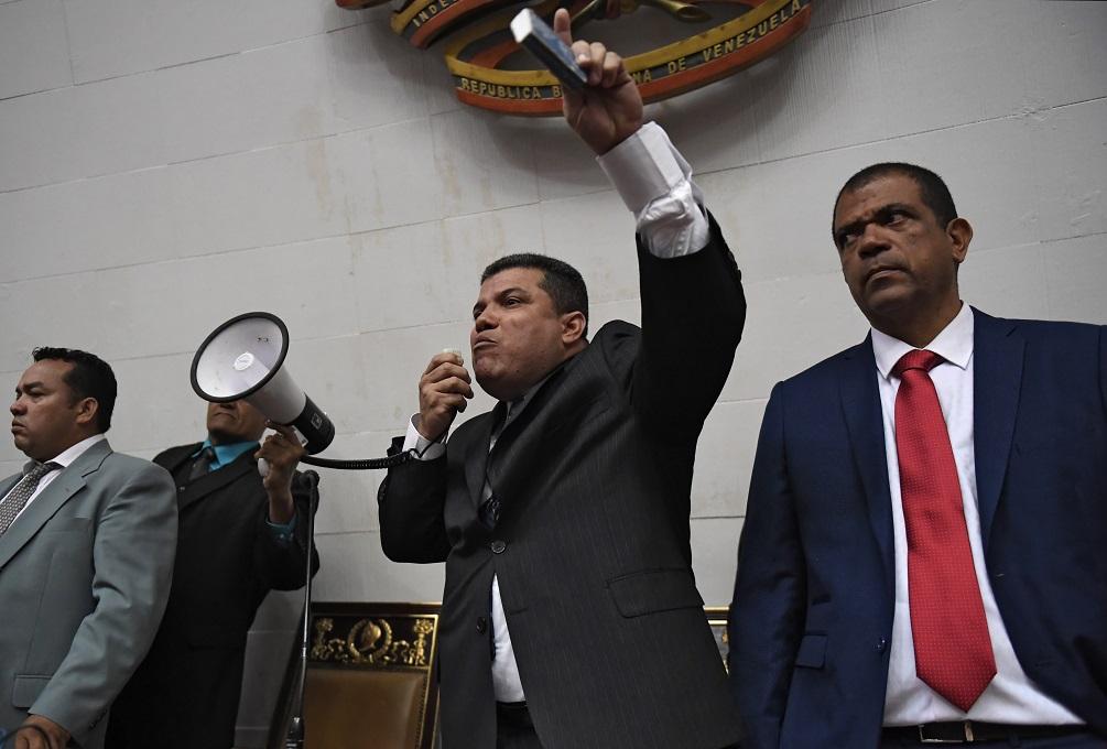 US Sanctions Luis Parra and Six Other Venezuelan Lawmakers