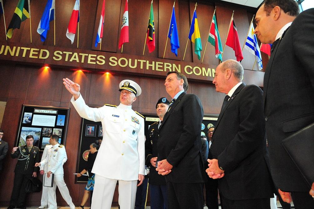 Presidente brasileño visita Comando Sur de los Estados Unidos