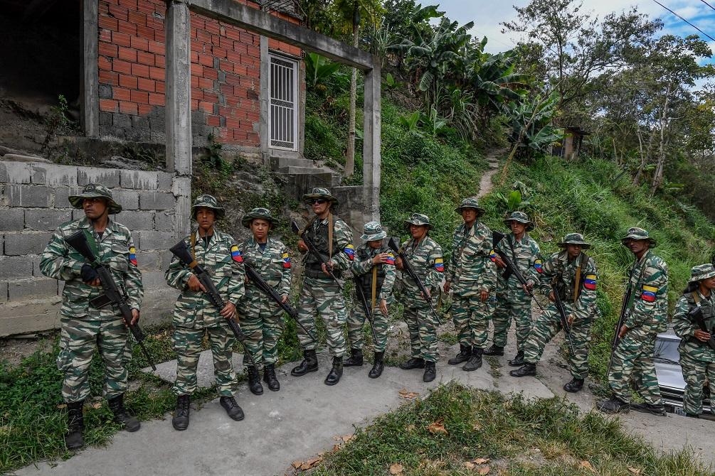 La milicia de Maduro como rama oficial de la fuerza armada es inconstitucional