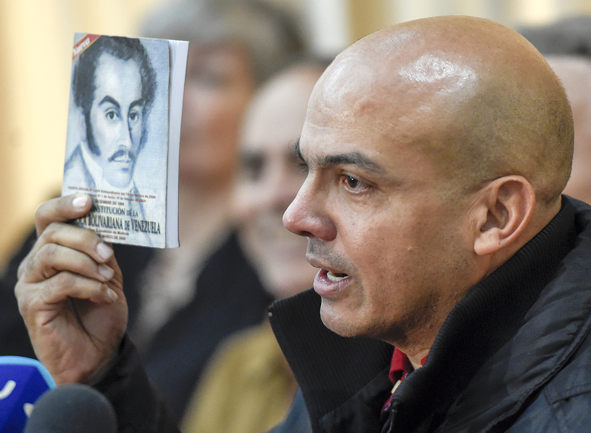 Venezuelan Ex-General Surrenders to US on Drug Trafficking Charges