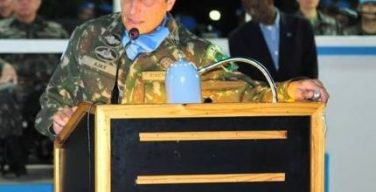 El comandante de MINUSTAH afirma que la acción coordinada de ayuda en Haití mejora mucho respecto a la del terremoto de 2010