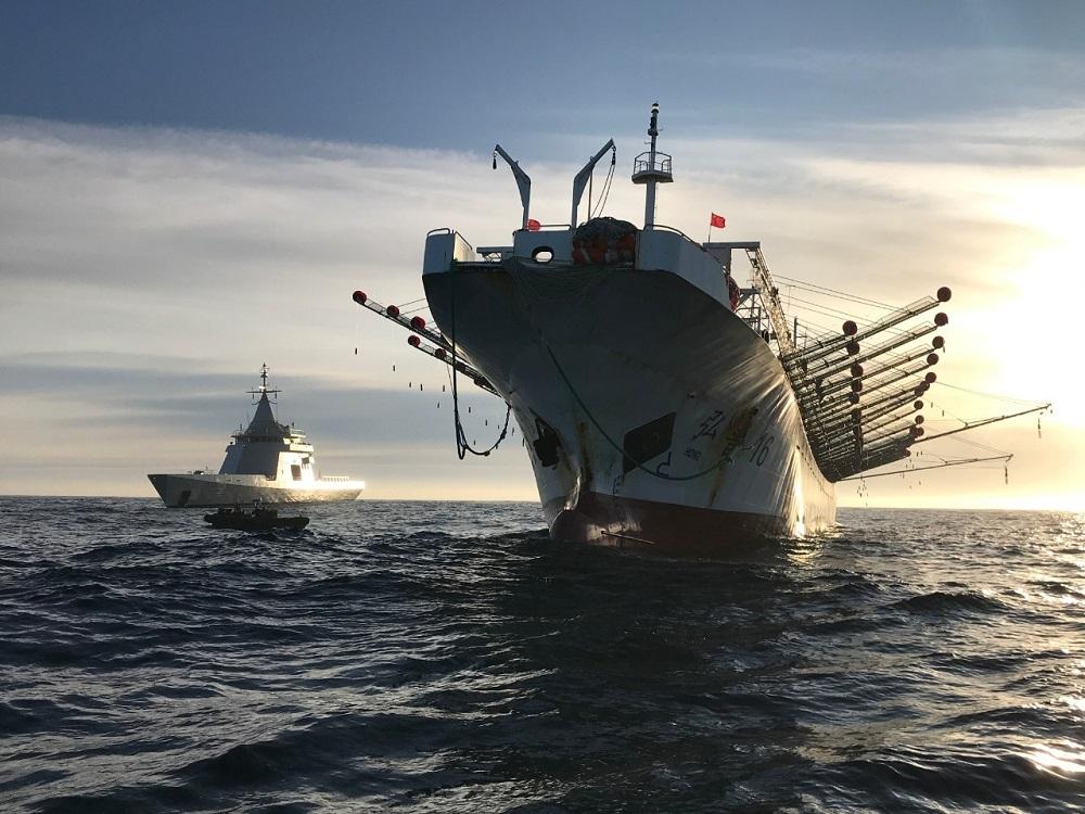 La Armada Argentina captura un buque chino que pescaba ilegalmente