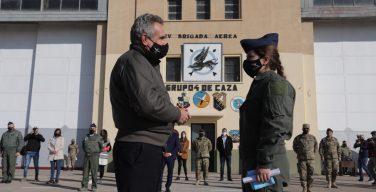 Argentina tem sua primeira mulher piloto de caça