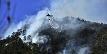Militares hondureños combaten incendios forestales que azotan al país