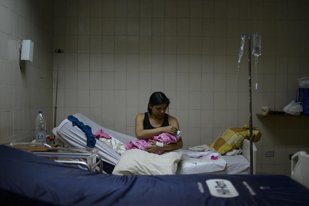Pregnant Women Face Danger in Venezuelan Hospitals