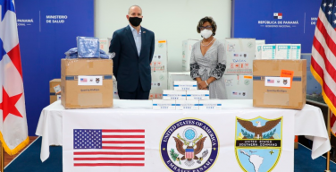 US Gives Panama Personal Protective Equipment for Doctors in Public Hospitals