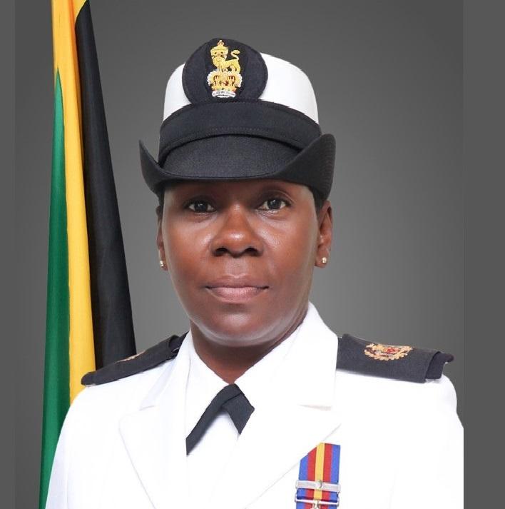 Primeira mulher Suboficial da Força da Jamaica incluída na Galeria da Fama do WHINSEC