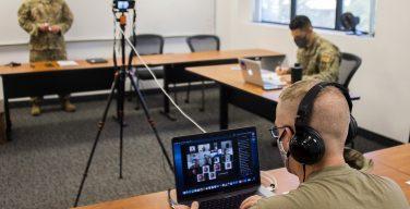 Asesores de la Fuerza Aérea de los EE. UU. realizan primer entrenamiento virtual con socios de Panamá, en plena pandemia de COVID-19