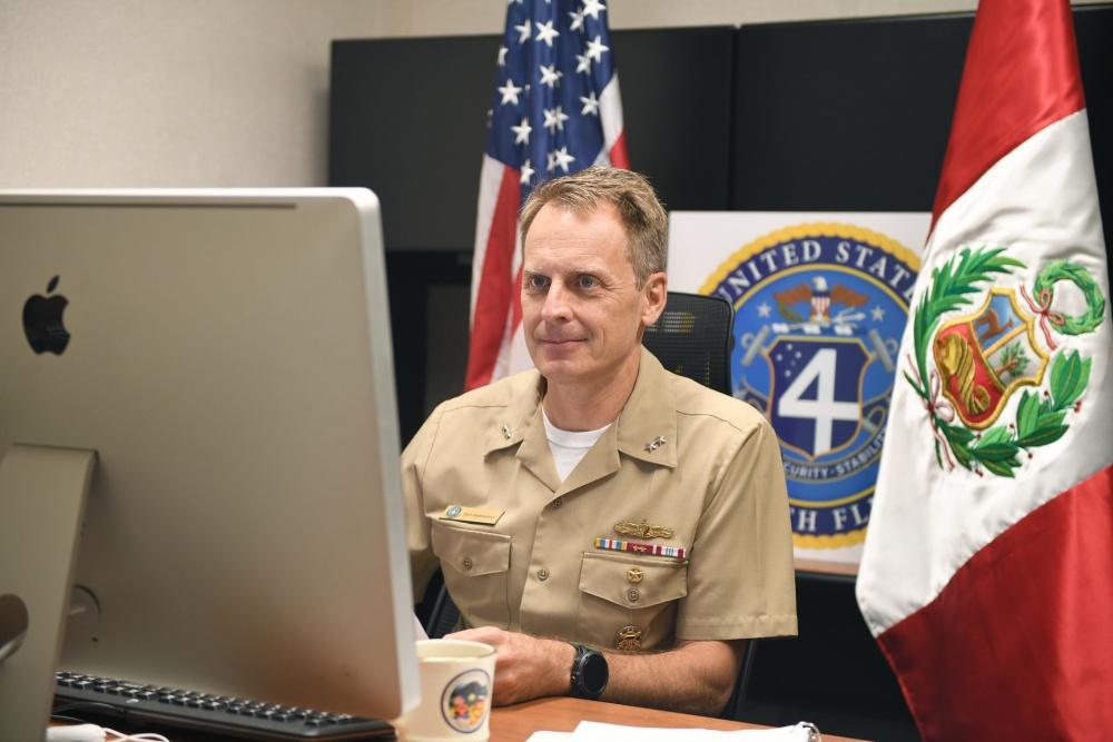 Comandante da 4ª Frota realiza evento Diálogos Marítimos de Estado-Maior com a Marinha de Guerra do Peru