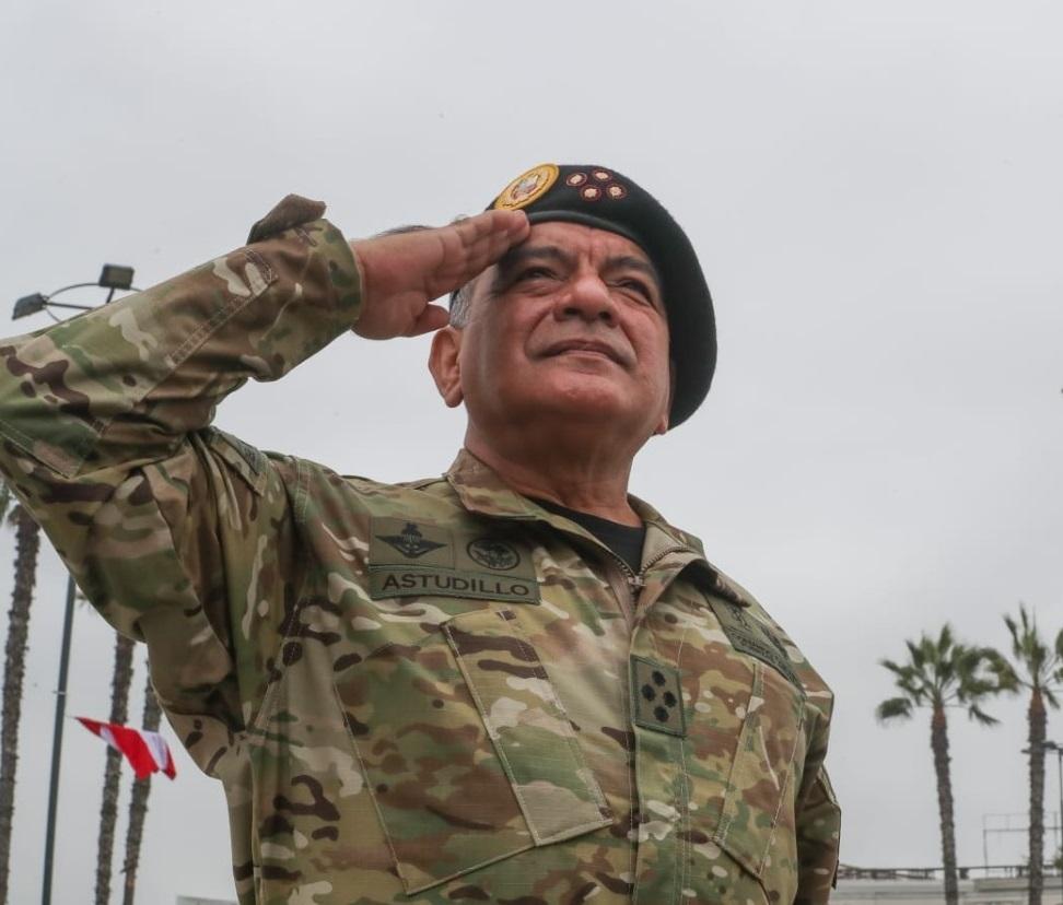 Forças Armadas do Peru atacam o 'narcotráfico formiga'