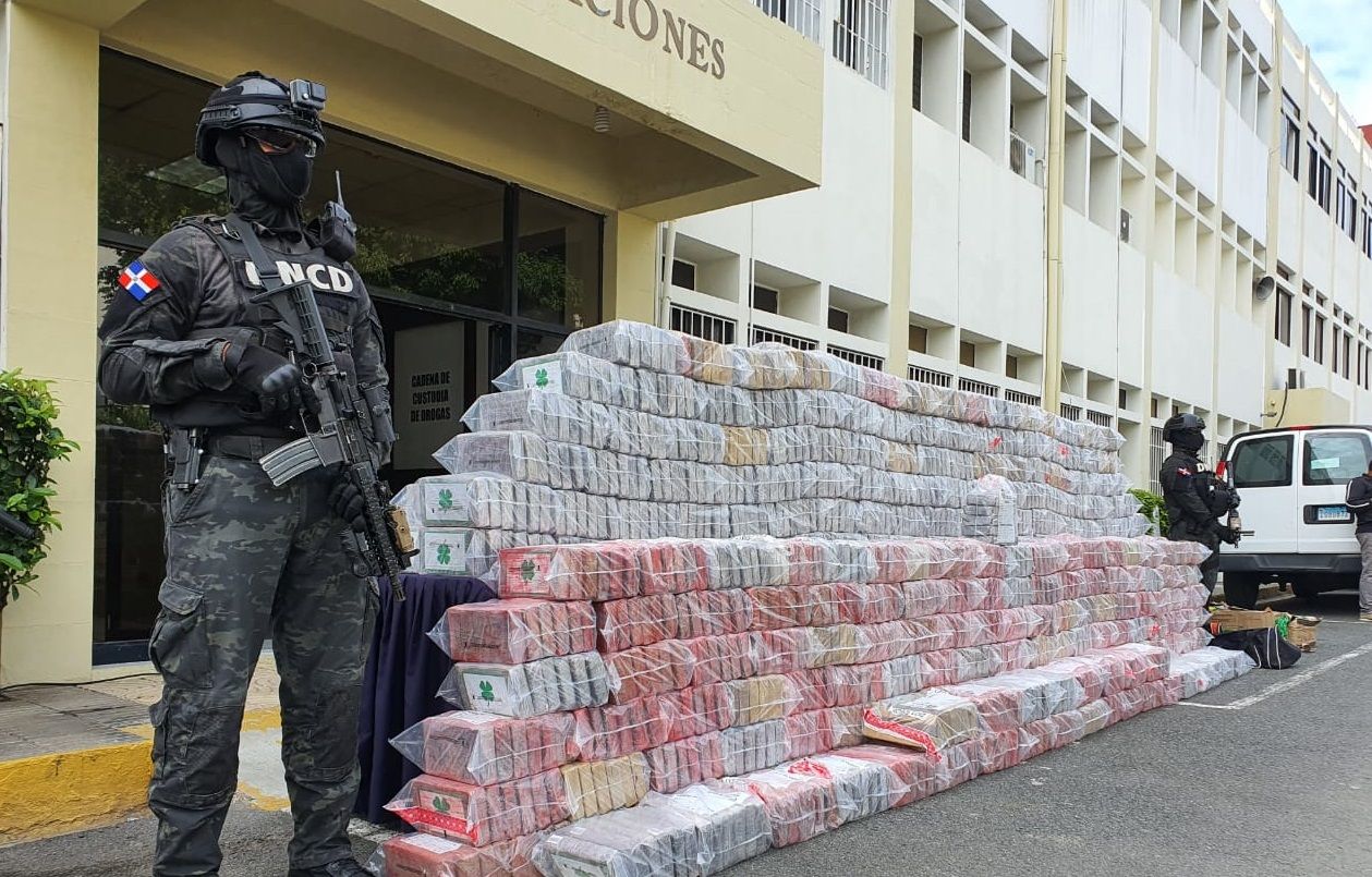Dominican Republic Seizes More than 2 Tons of Cocaine