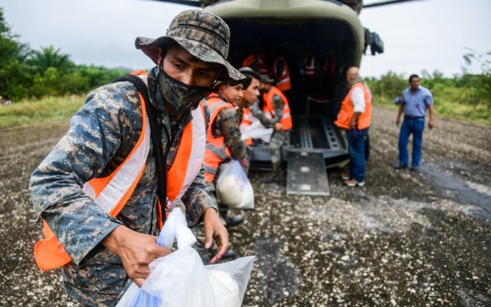 Personal de JTF-Bravo regresa de Guatemala y continúan brindando ayuda en Honduras