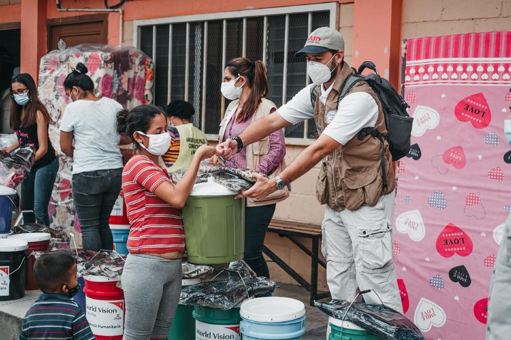 Cuatro modalidades de USAID para brindar respuesta a los huracanes Iota y Eta