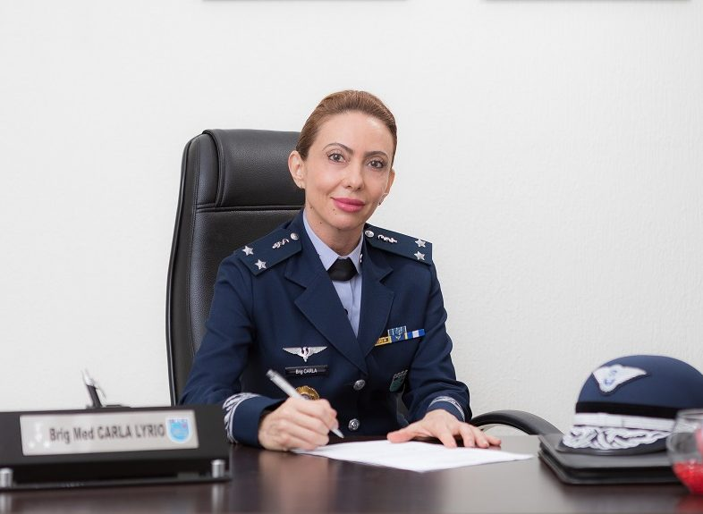 Força Aérea Brasileira promove primeira mulher oficial-general
