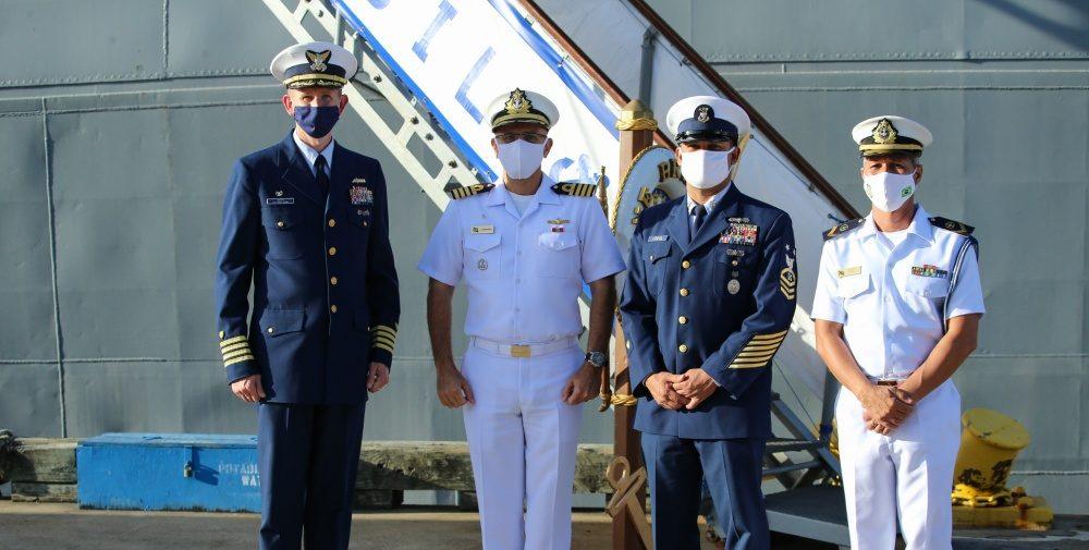 Guardia Costera de los EE. UU. y la Marina de Brasil realizan encuentros para fortalecer asociación